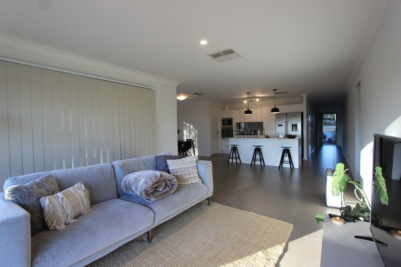 60 Haig Street, Temora NSW 2666, Image 0