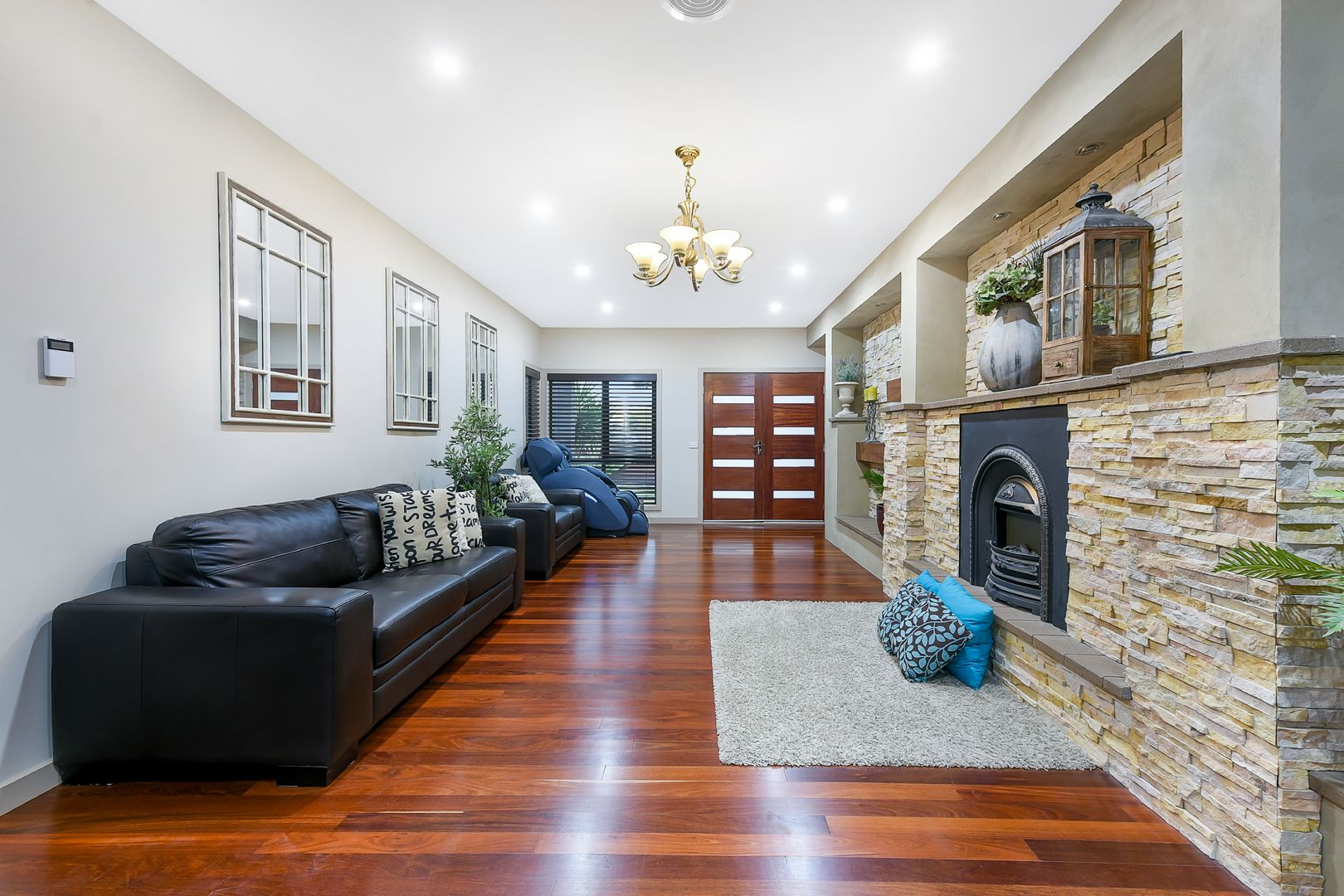 25A Moore Avenue, Clayton South VIC 3169, Image 2