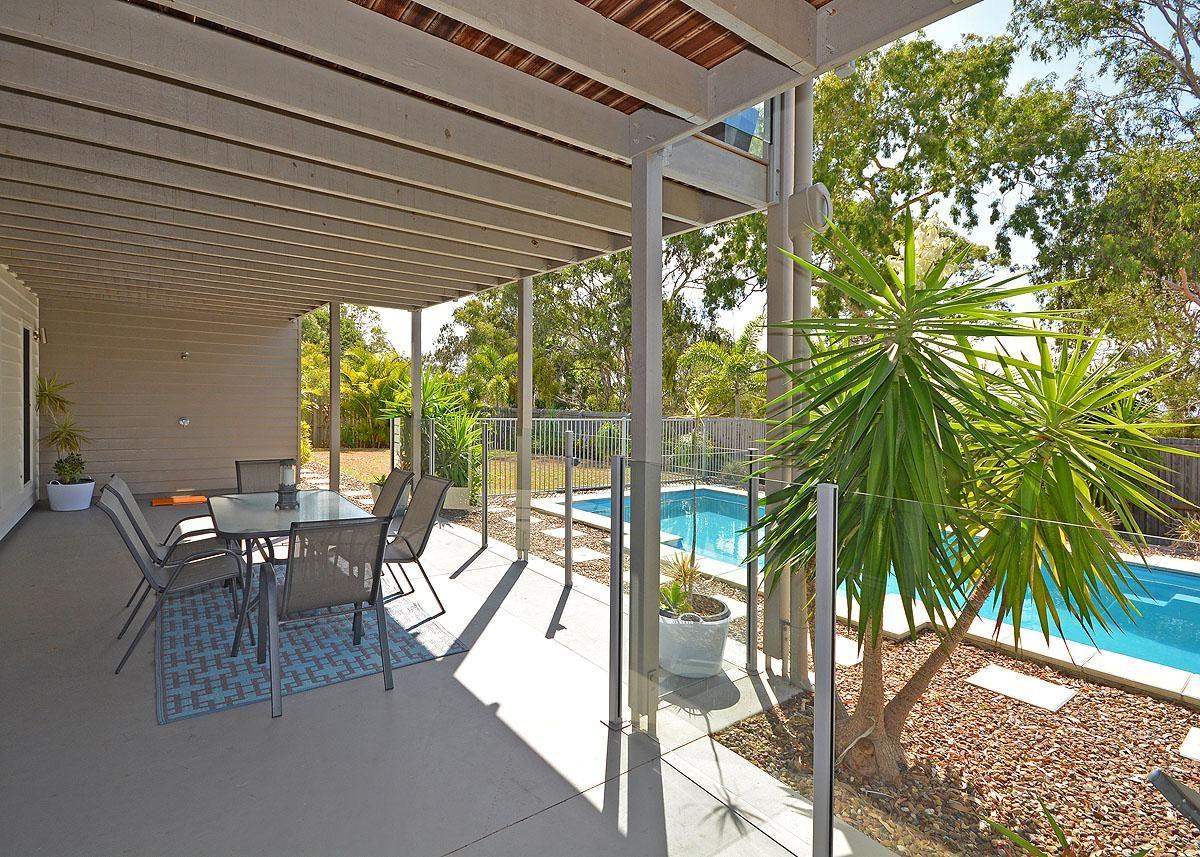30 Foreshore Drive, Urangan QLD 4655, Image 2