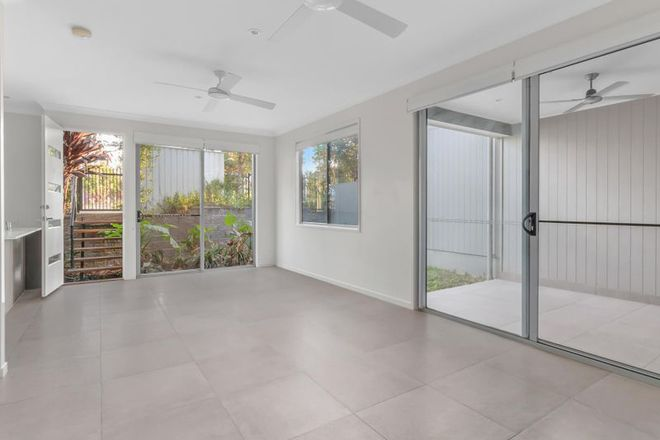 Picture of 4/8 Parsons Street, OXLEY QLD 4075
