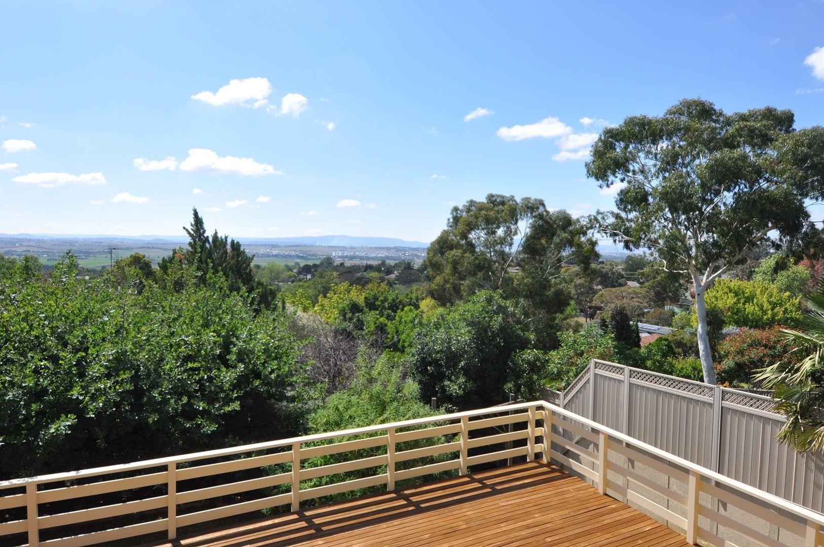 15 Dunrossil Crescent, West Bathurst NSW 2795, Image 0