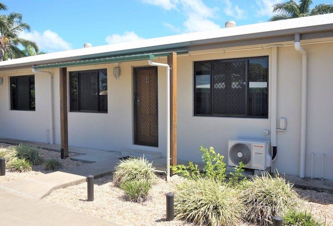4/4 Symons Street, South Mackay QLD 4740, Image 1