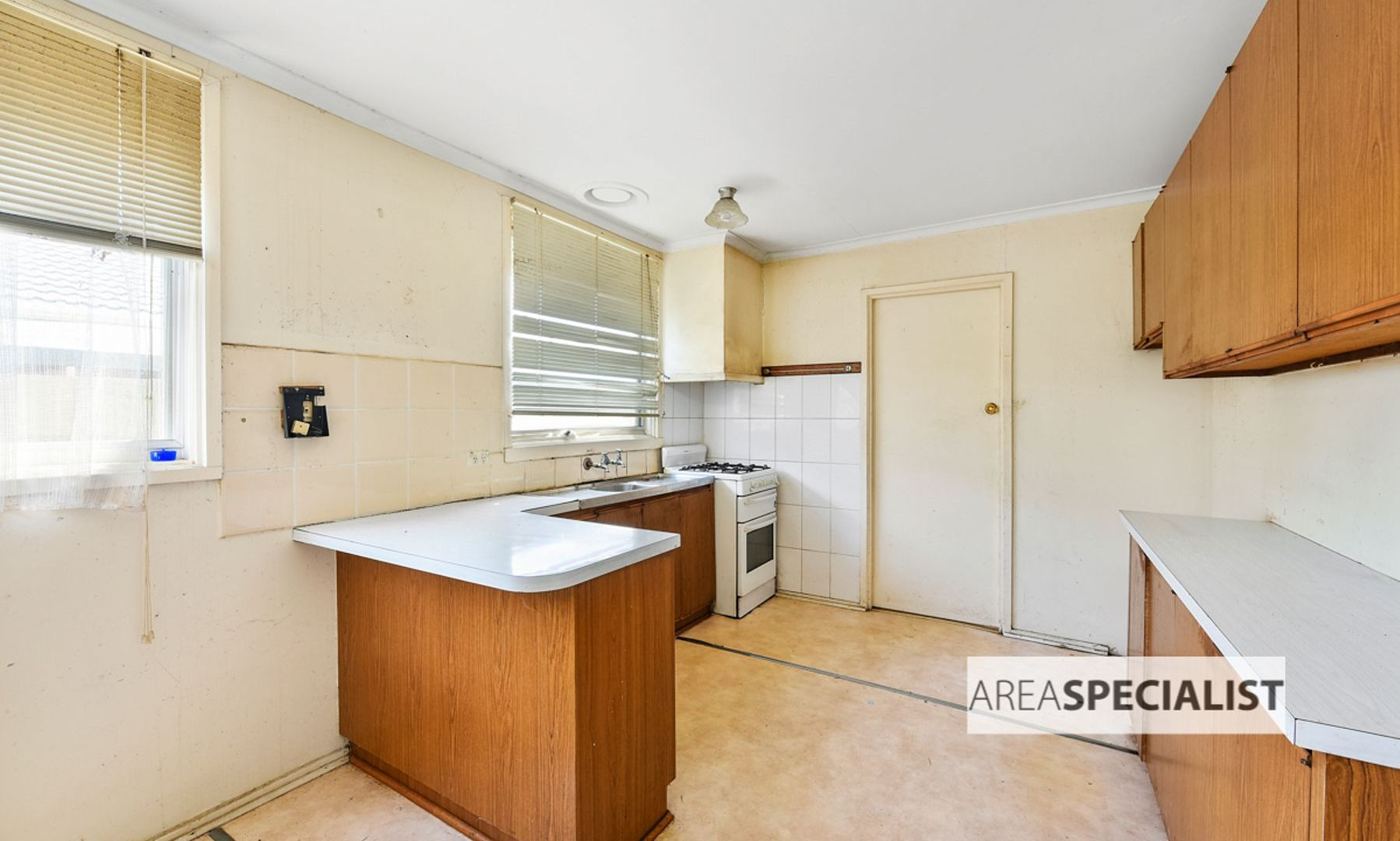 8 Riverview Crescent, Eumemmerring VIC 3177, Image 2