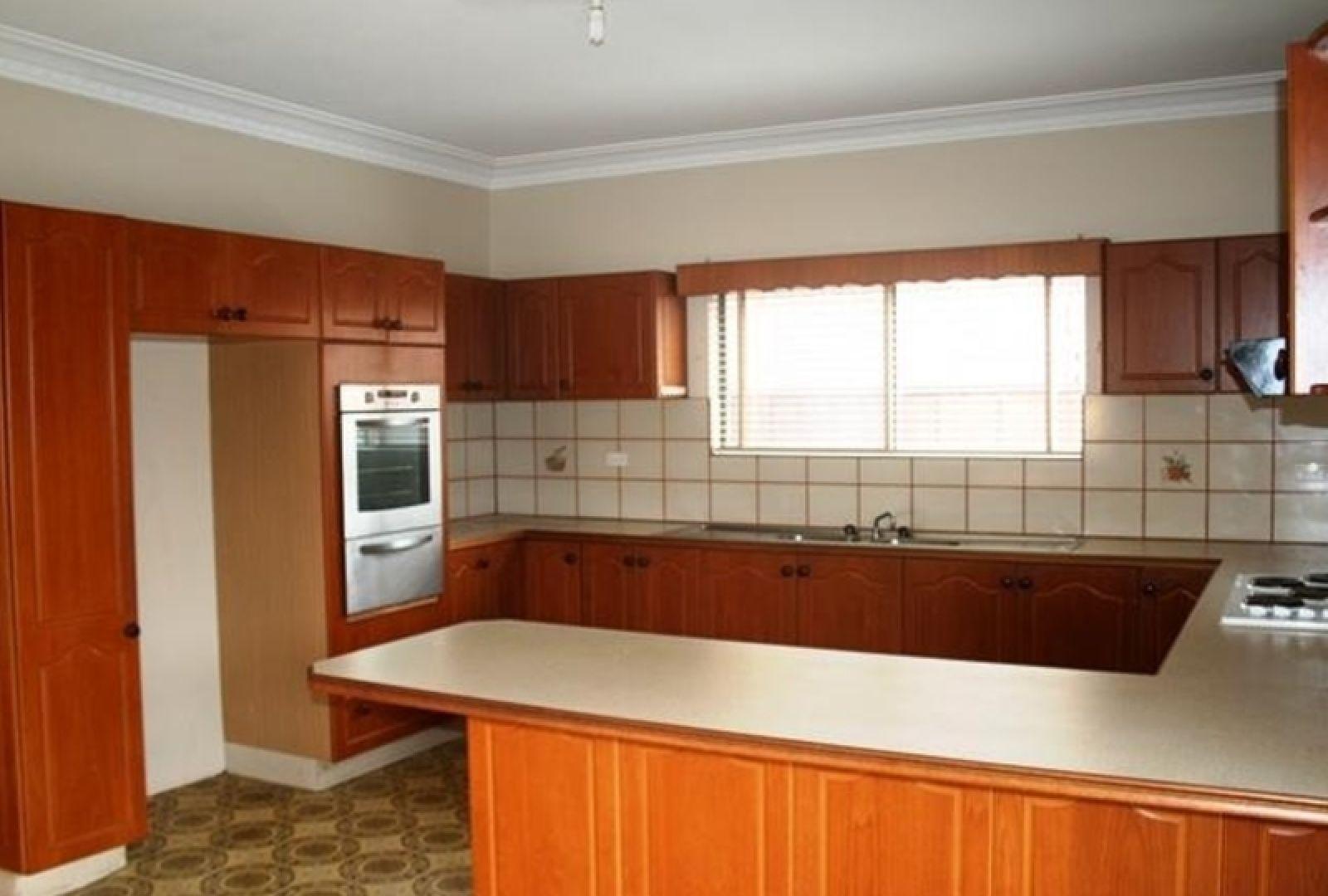 82 Mill Street, Carlton NSW 2218, Image 2