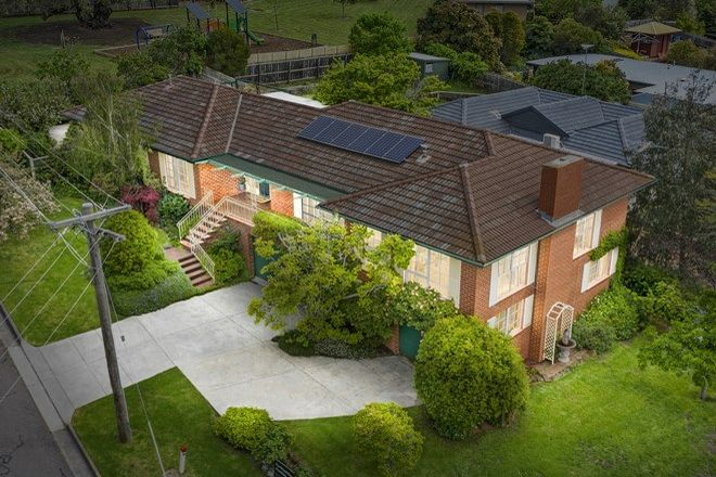 Picture of 23 Brassey Avenue, HIGHTON VIC 3216