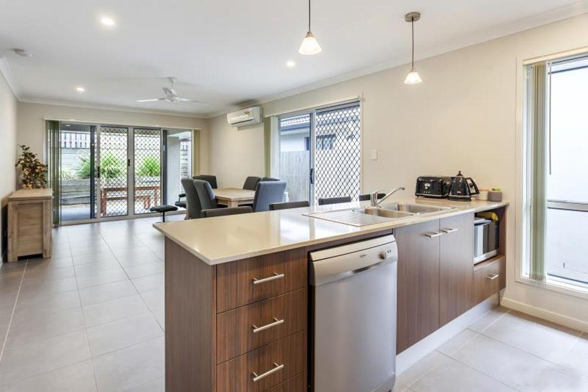 71 Yarrambat Rise, Upper Coomera QLD 4209, Image 2
