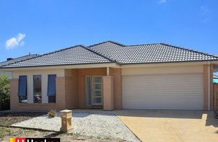 Picture of 6 Coracle Drive, Sanctuary Lakes VIC 3030