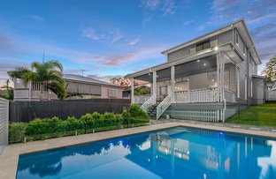 Picture of 90 Raven Street, Camp Hill QLD 4152