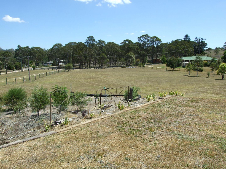 14 Devoncourt Rd, Crows Nest QLD 4355, Image 1