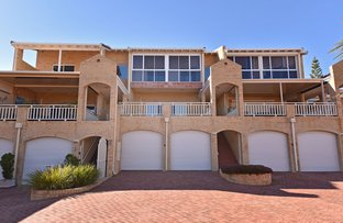 Picture of 9/8 Toulon Circle, Mindarie WA 6030
