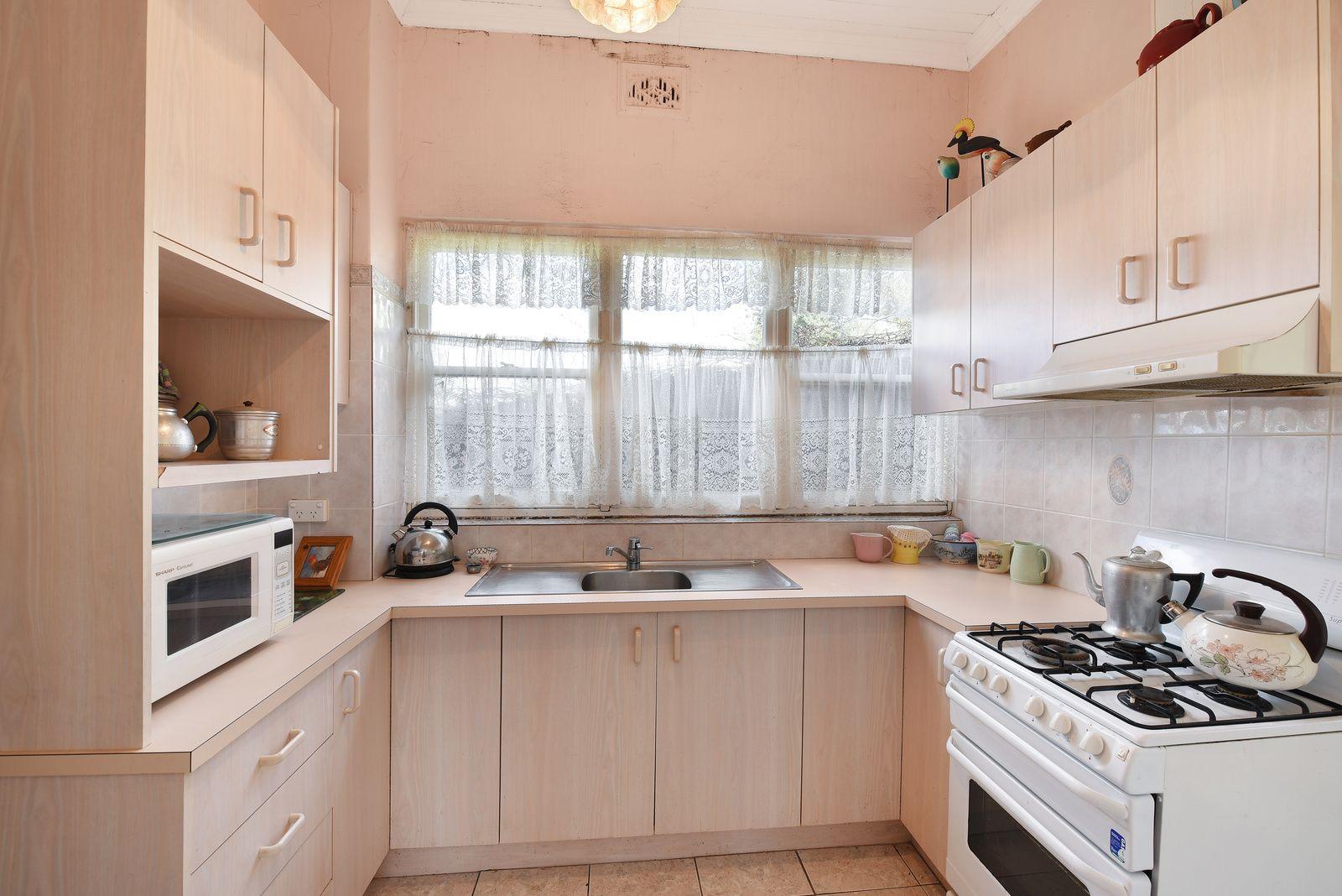 86 Macaulay Street, Morts Estate NSW 2790, Image 1