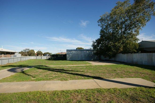 Picture of 5 Taabinga Crt, DENILIQUIN NSW 2710