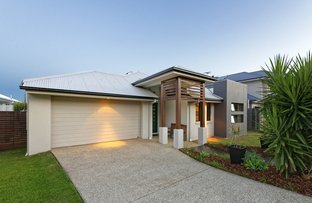 8 Bend Court, Eatons Hill QLD 4037