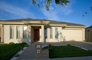 Picture of 33 Prosperity Avenue, Cranbourne North VIC 3977
