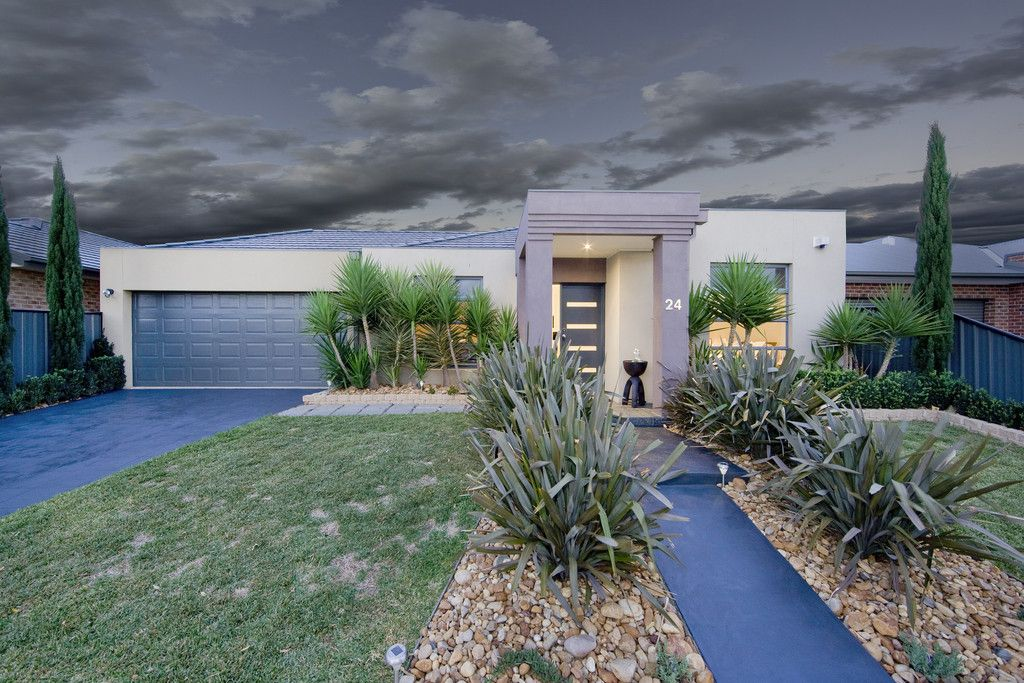24 Drysdale  Crescent, Point Cook VIC 3030, Image 0
