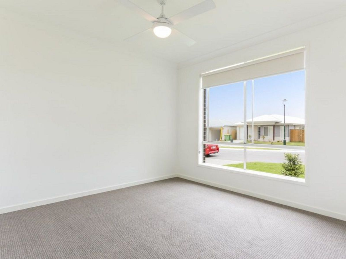 66 Napier Circuit, Silkstone QLD 4304, Image 1