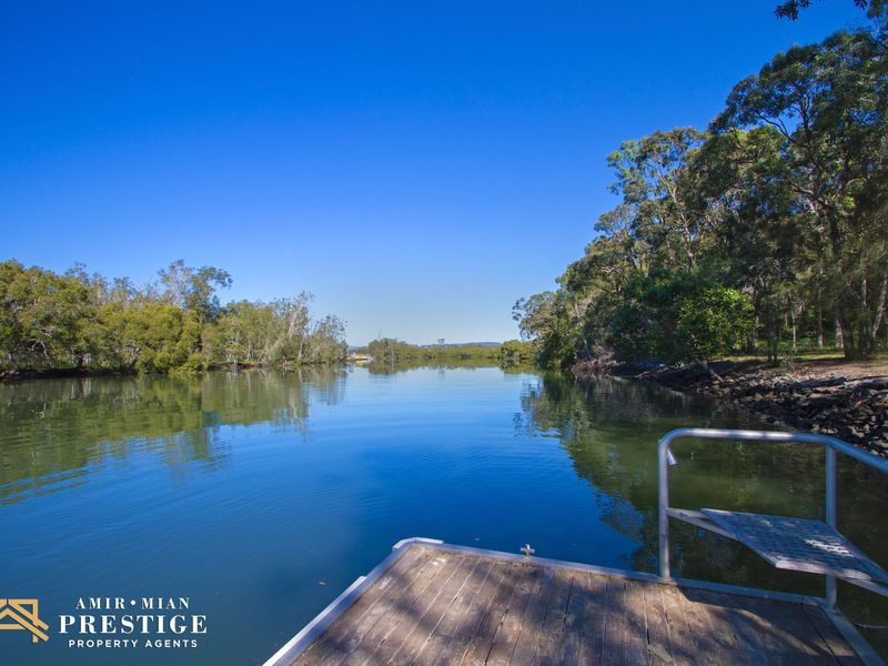136 Crescent Avenue, Hope Island QLD 4212, Image 1