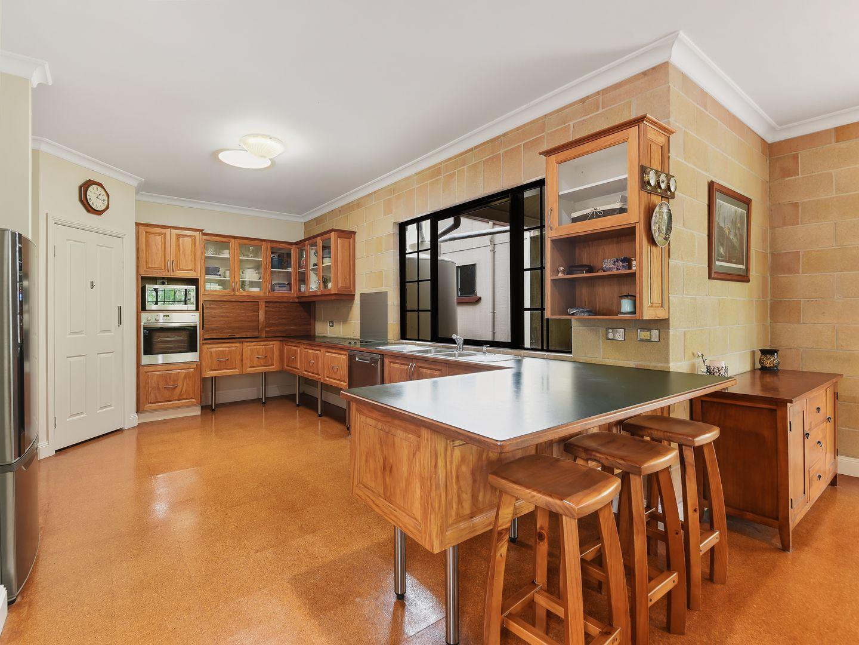 2 Estelle Court, Eatons Hill QLD 4037, Image 1