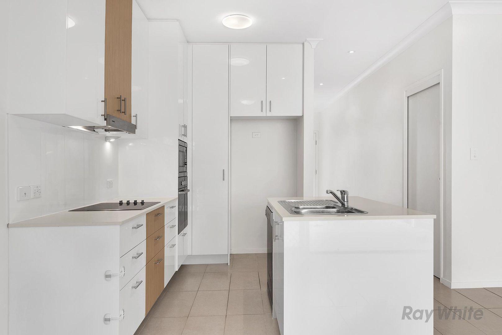 4/37 Slobodian Avenue, Eight Mile Plains QLD 4113, Image 2