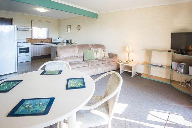 Picture of 12 Bruce Street, MALLACOOTA VIC 3892