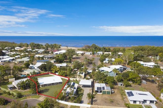 Picture of 10 Fanning Court, BALGAL BEACH QLD 4816