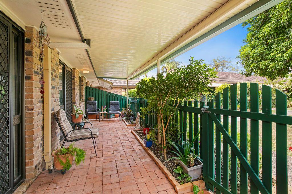 7/15 Carmichael Court, Wynnum West QLD 4178, Image 2