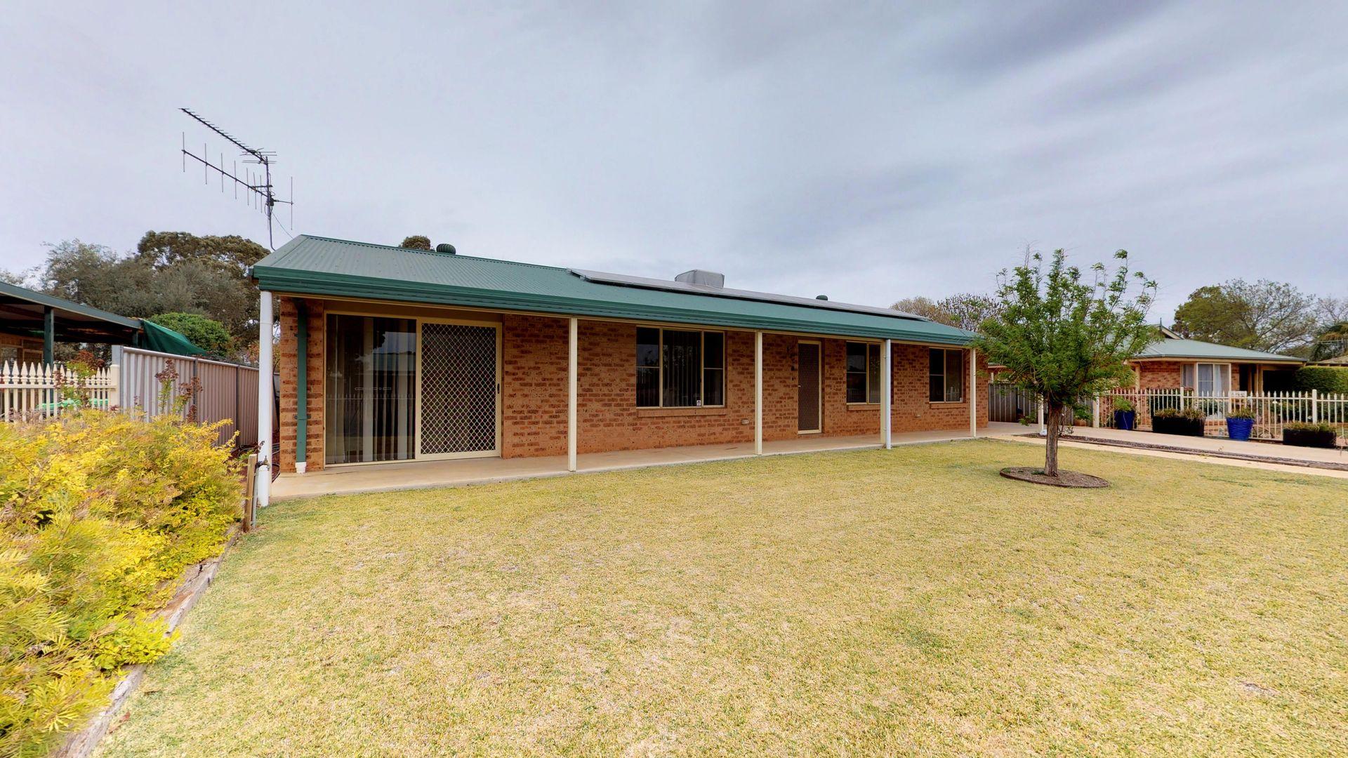 102 Birch Street, Narromine NSW 2821, Image 0