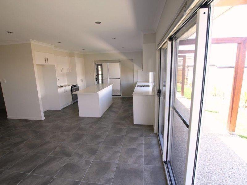 7 Sundew Place, Peregian Springs QLD 4573, Image 2