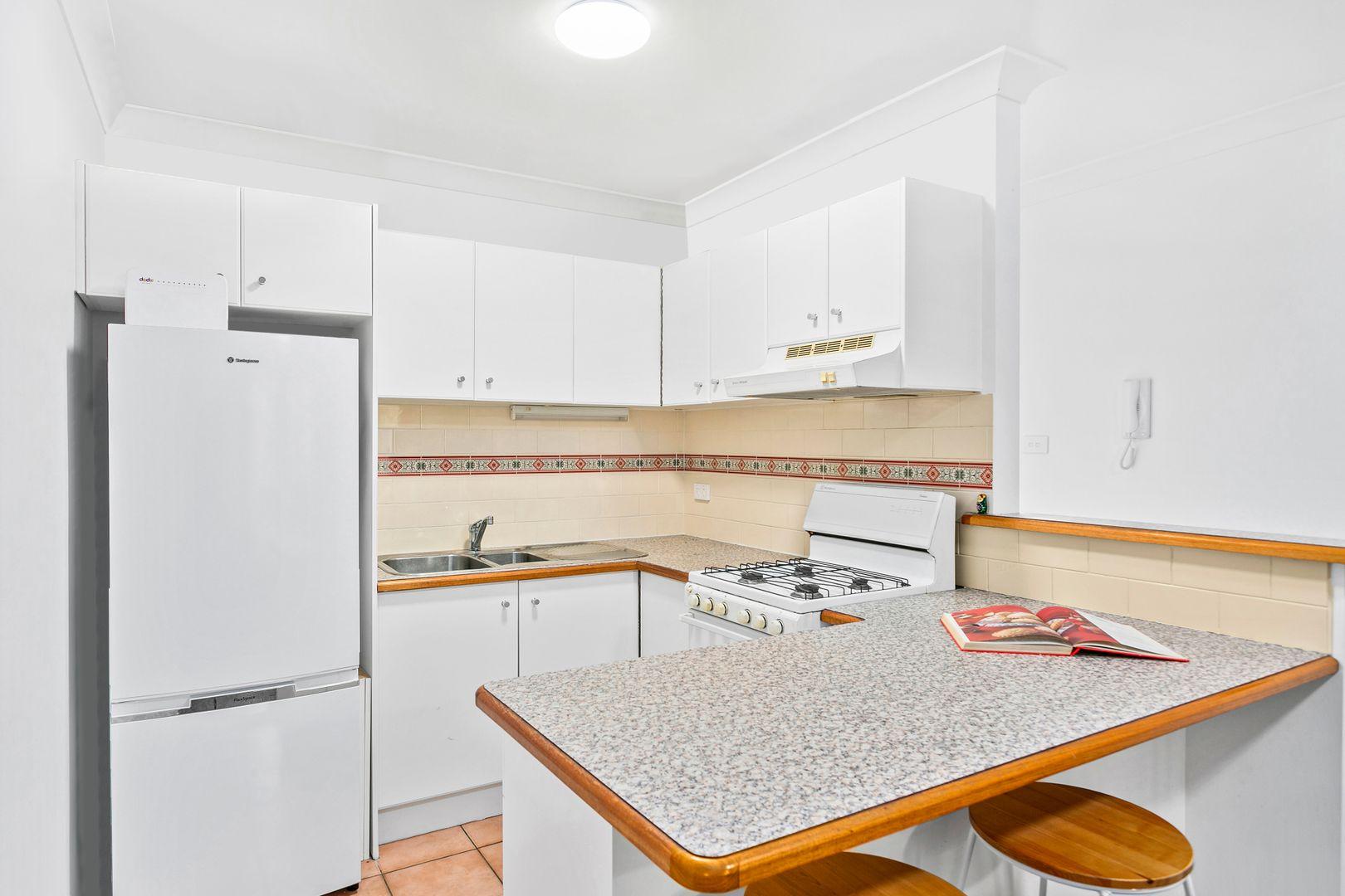 12/62 Bourke Street, North Wollongong NSW 2500, Image 2