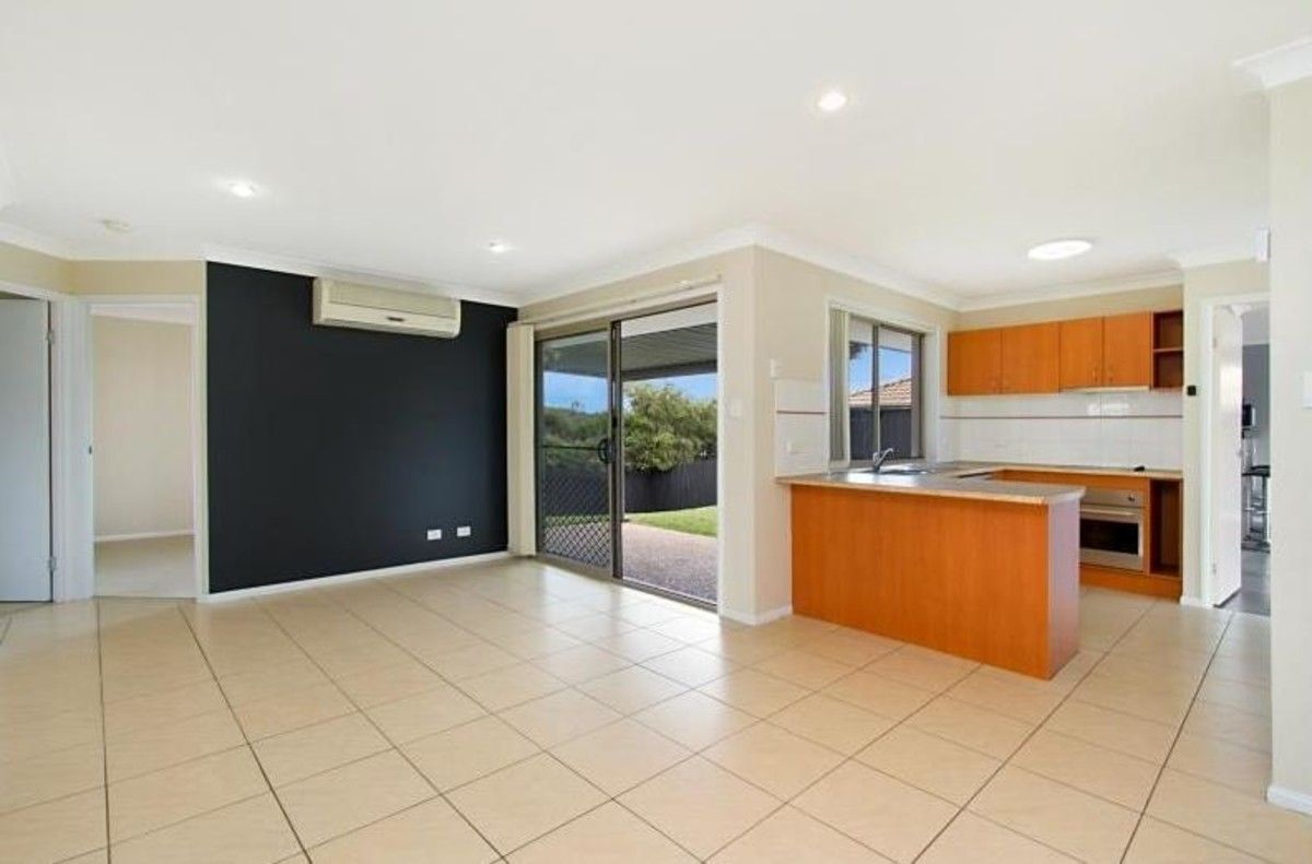 25 Paris Parade, Ormeau QLD 4208, Image 1