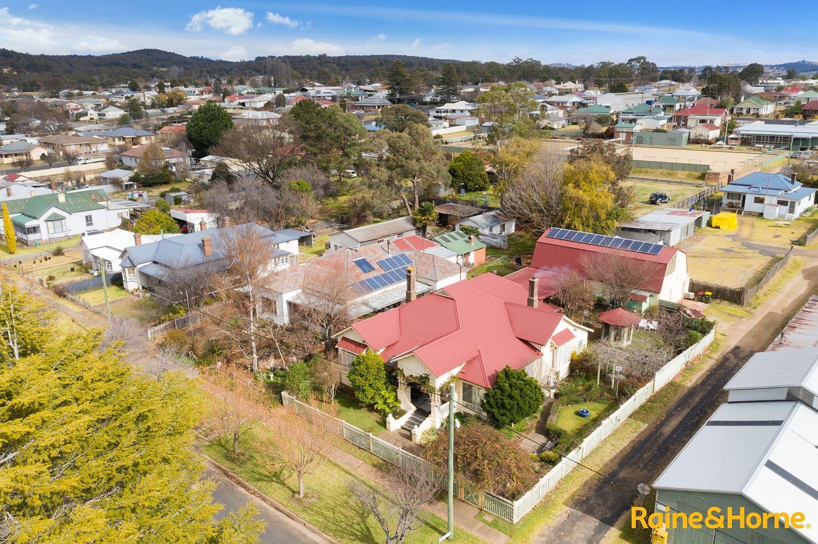 84 West Avenue, Glen Innes NSW 2370, Image 2