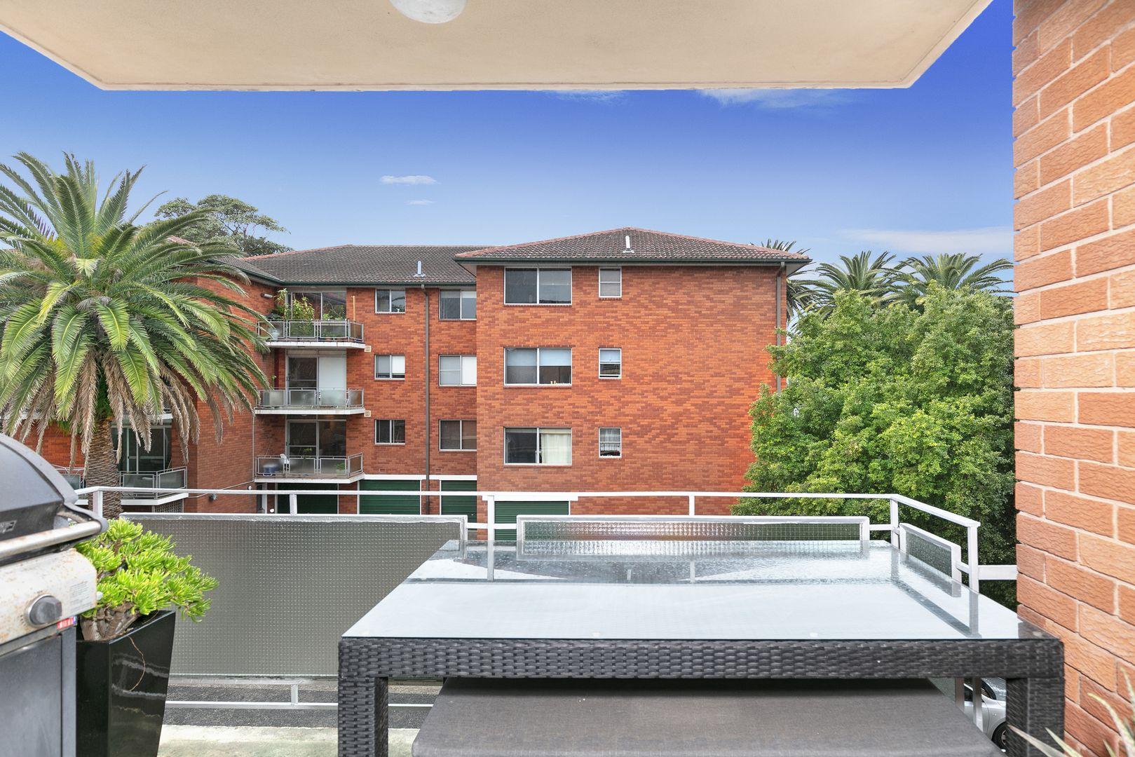 13/3 Greenwood  Place, Freshwater NSW 2096, Image 2