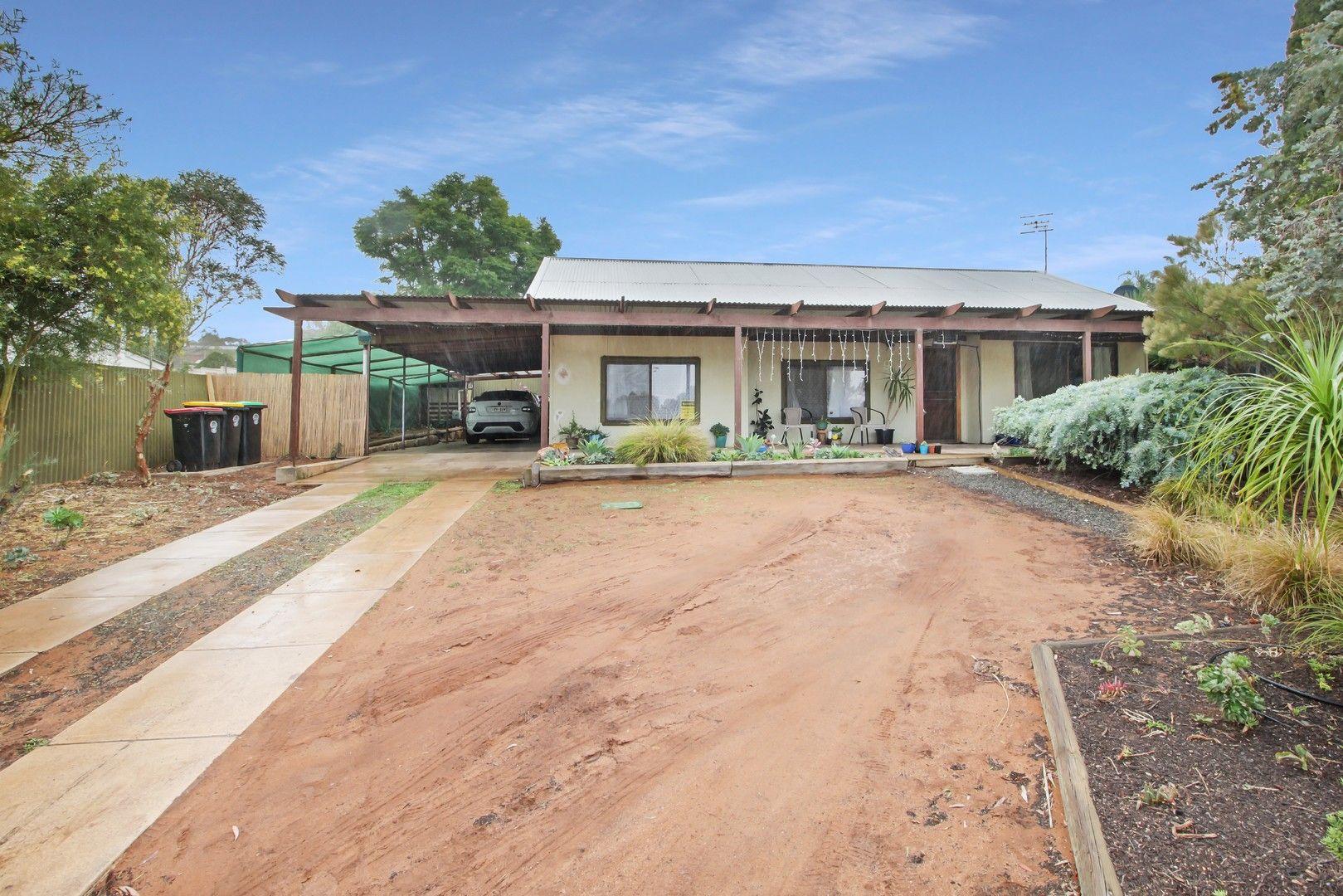 9 Railway Terrace, Paringa SA 5340, Image 0