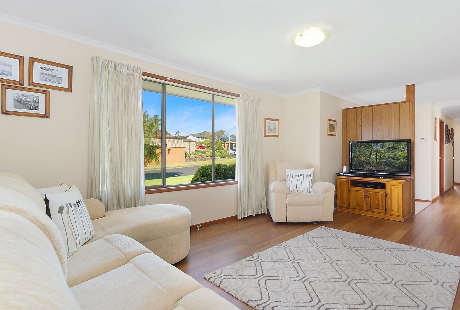 34 MacIntyre Crescent, Ruse NSW 2560, Image 2