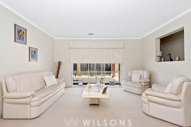Picture of 7 Paratone Crescent, ST ALBANS PARK VIC 3219