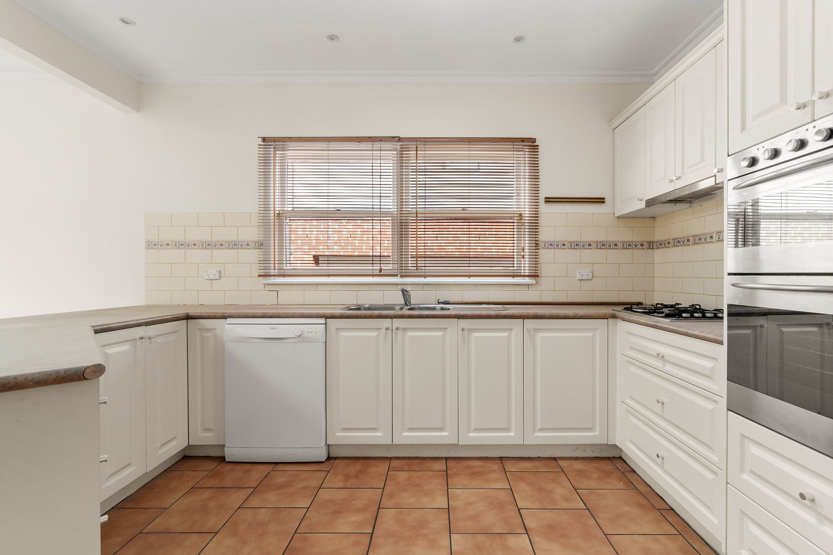 7 Haslemere Road, Mitcham VIC 3132, Image 1