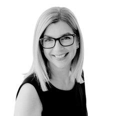 Lisa Drylie, Sales representative
