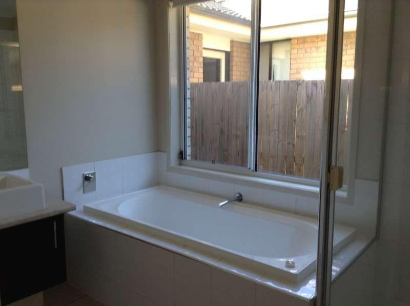 88 Huntley Crescent, Redbank Plains QLD 4301, Image 2
