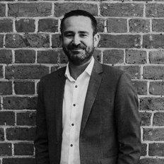 Damian Kearns, Real Estate Agent