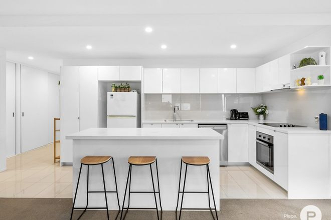 Picture of 12/13-21 Bombery Street, CANNON HILL QLD 4170