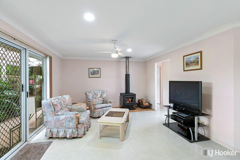 10 Gladstone Street, Redland Bay QLD 4165, Image 2