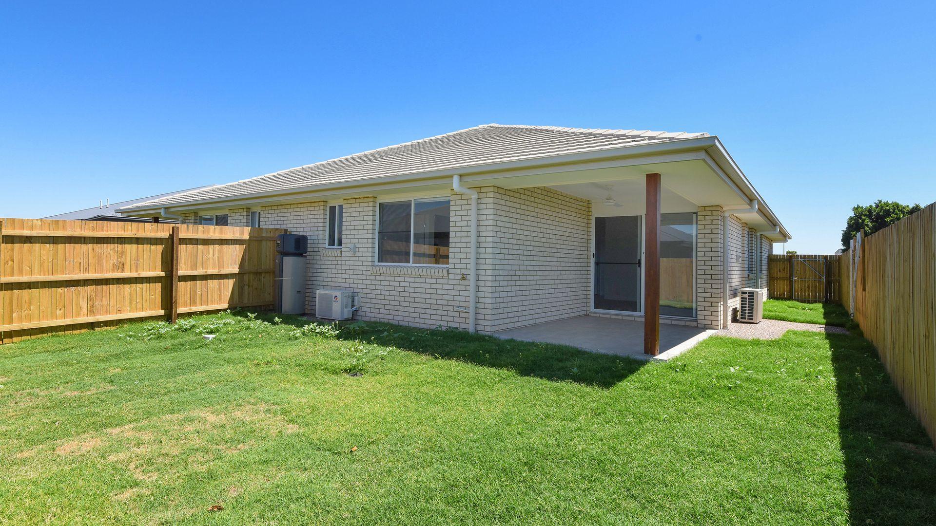 1 & 2/75 Shelby Court, Glenvale QLD 4350, Image 2