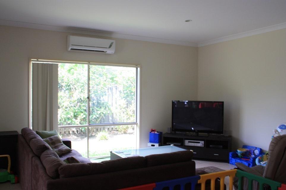 8 Seabird Lane, Coomera Waters QLD 4209, Image 1
