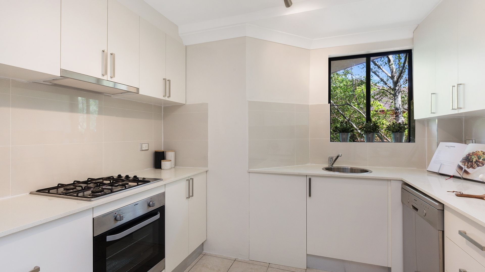 53/3 Williams Parade, Dulwich Hill NSW 2203, Image 2