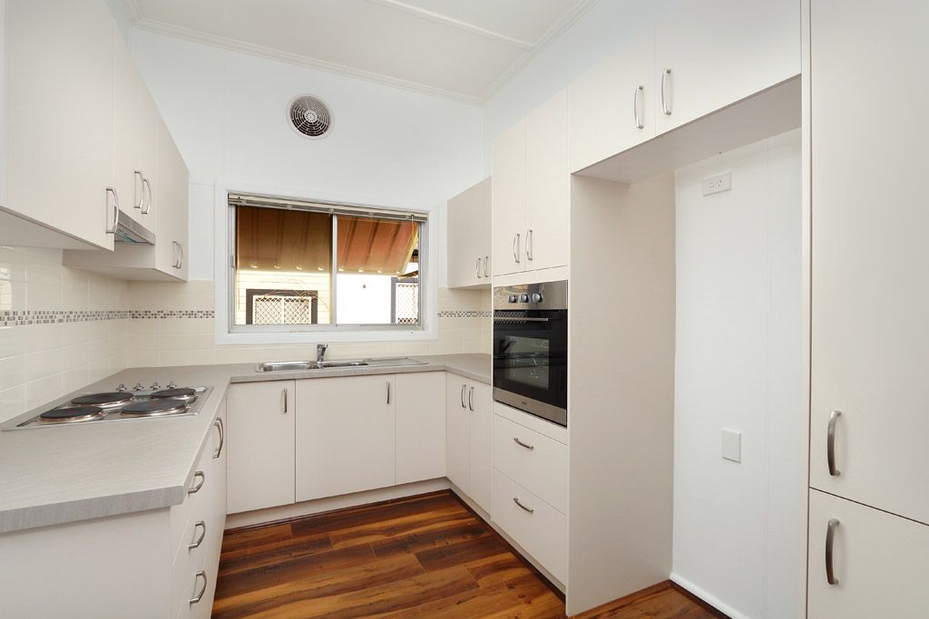 28 Griffiths Avenue, Punchbowl NSW 2196, Image 2