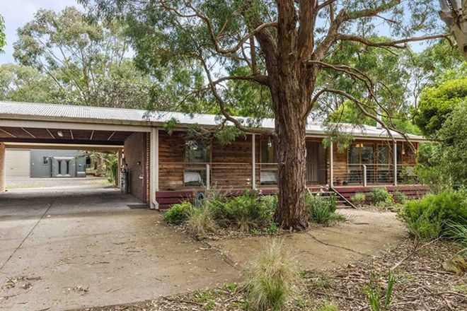 Picture of 30 Inglewood Drive, ENFIELD VIC 3352