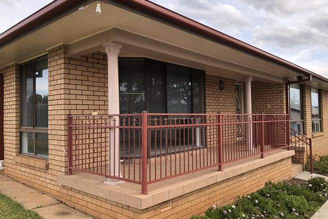 Picture of 65 Phillip Street, MOLONG NSW 2866
