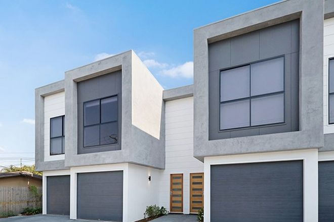Picture of 2/83 Falconer Street, SOUTHPORT QLD 4215