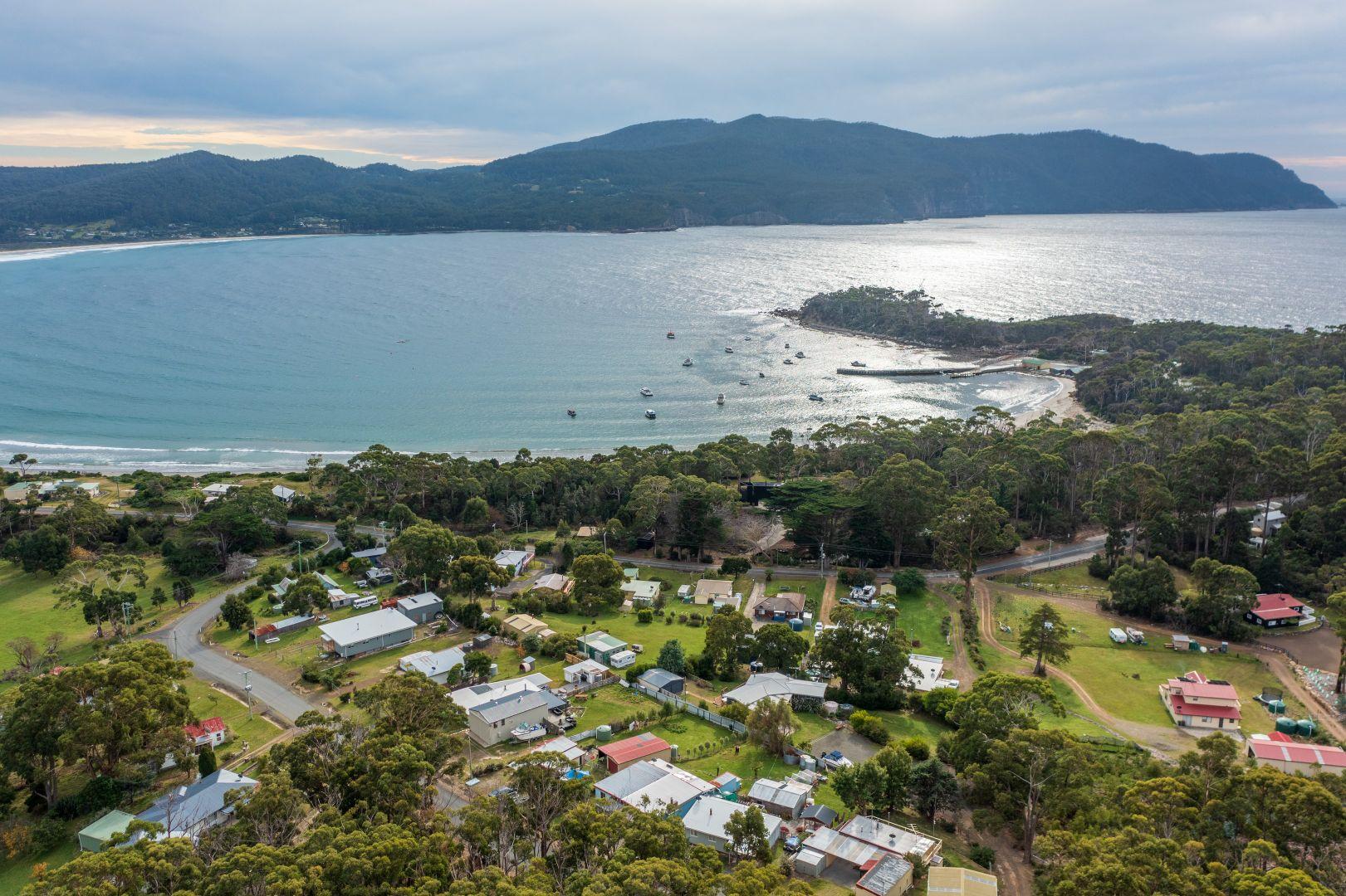 27 Tasmans Arch Road, Eaglehawk Neck TAS 7179, Image 1