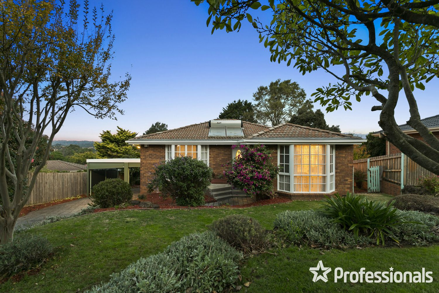 2 Gould Place, Mooroolbark VIC 3138, Image 0